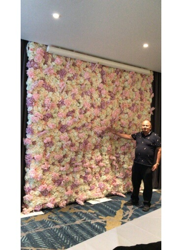 Extra wide flowerwall